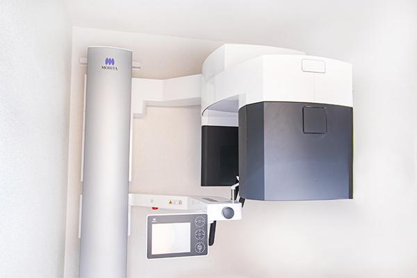 歯科用CTを活用して安全性・確実性を向上